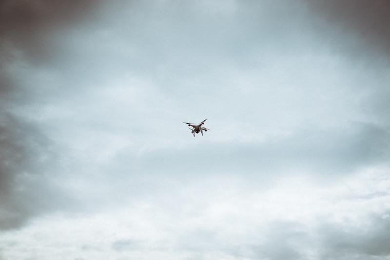 Dji Phantom beim Fliegen